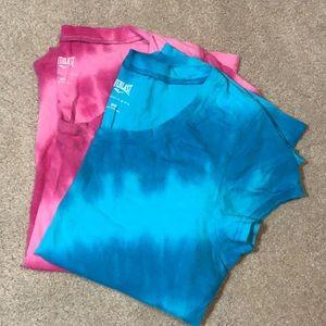 Everlast bundle of two 💯% Cotton medium T-shirts